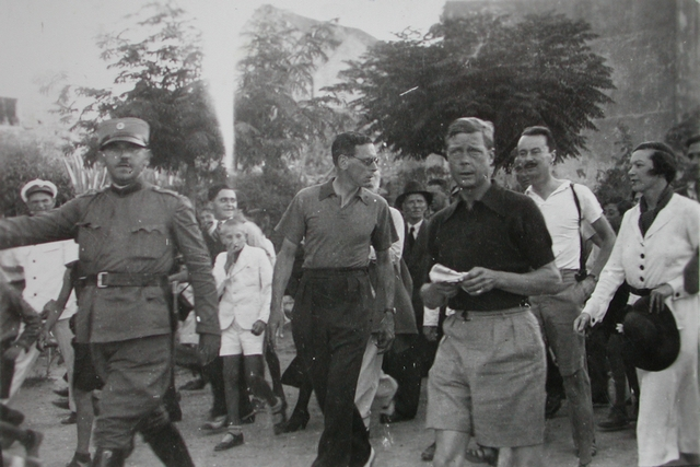 Edward VIII and Wallis Simpson in Stari Grad, 1936
